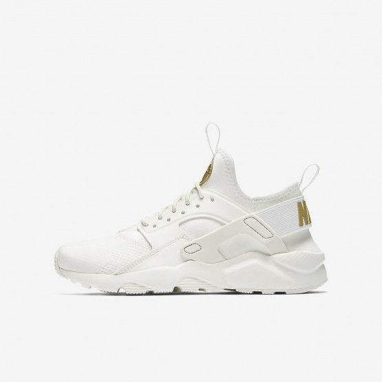 Nike Air Huarache Lifestyle Shoes Boys Summit White/Metallic Gold Star 847568-102