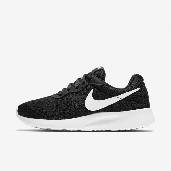 Chaussure Casual Nike Tanjun Femme Noir/Blanche 812655-011