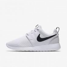 Sapatilhas Casual Nike Roshe One Mulher Branco/Pretas 844994-101