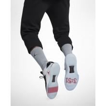 Chaussure de Basket Air Jordan XXXII Homme Noir/Blanche/Rouge AA1256-002