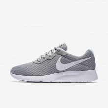Chaussure Casual Nike Tanjun Femme Grise/Blanche 812655-010