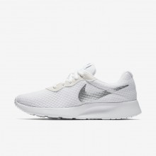 Chaussure Casual Nike Tanjun Femme Blanche/Metal Argent 812655-101