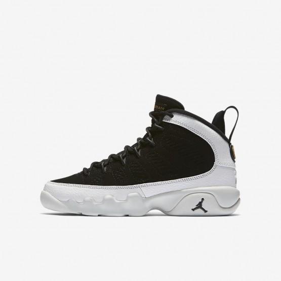 Chaussure Casual Air Jordan 9 Garcon Noir/Blanche/Metal Doré 302359-021
